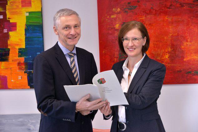 Notare Austerschmidt - Tolzmann - Anwaltssozietät Austerschmidt-Kuhlmann-Tolzmann-Dr. Möller - Delbrück